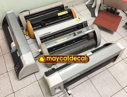 Bán lô máy cắt chữ decal cũ chất lượng tốt, giá tốt tháng 2/2018